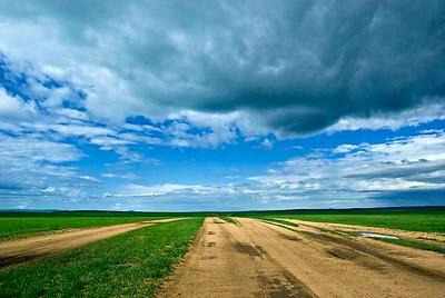 Steppe-Road-N-Clouds-9592