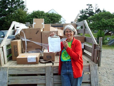 Barbara Hitchcock delivering packages - no DIAD here!