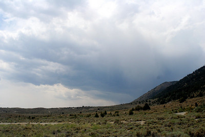 7/10/07 View from Mono Lake Access Area (impending thunder storm, same system causing wildfire in June Lake area later that afternoon), Mono County, Eastern Sierras, CA