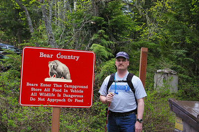 A great sign to see just before heading up on a hike!