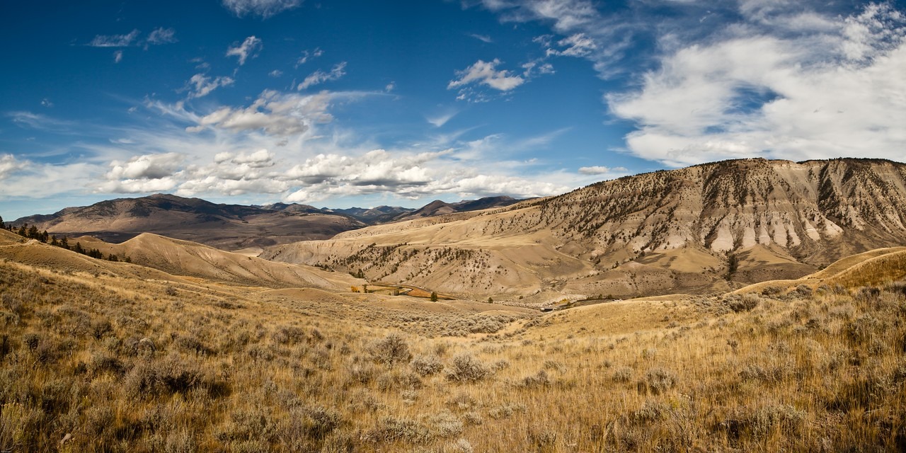 Gardiner River Valley