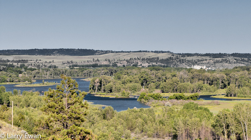 Confluence of the Stillwater and Yellowstone rivers near Columbus, MT