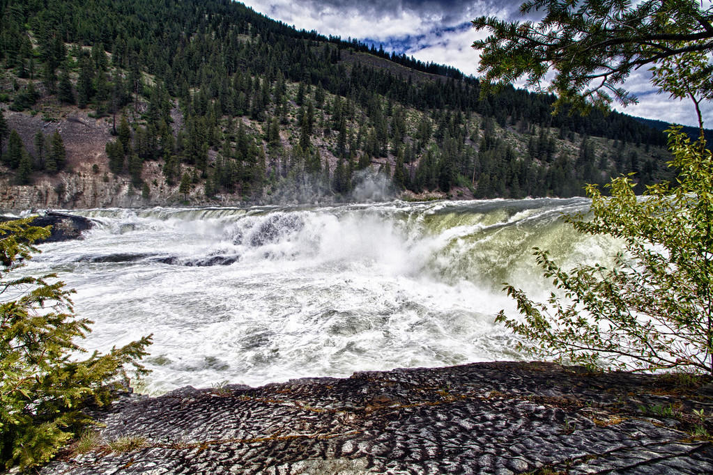 the falls of the Kootenai River.