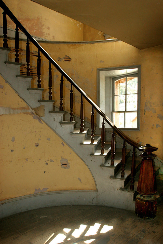 Curved Stair, Hotel Meade