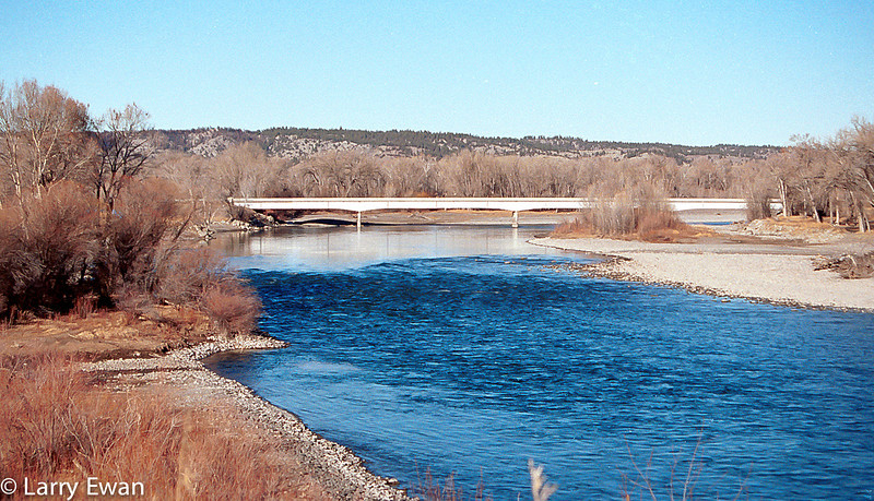 Yellowstone River at Columbus, MT.  December 23, 1999.  Fuji Velvia.  Camera unrecorded.