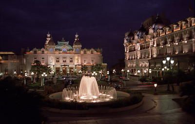 Fountains in front of Monte Carlo casino