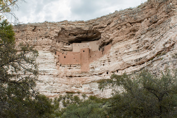Montezuma Castle / Montezuma Well / Arizona