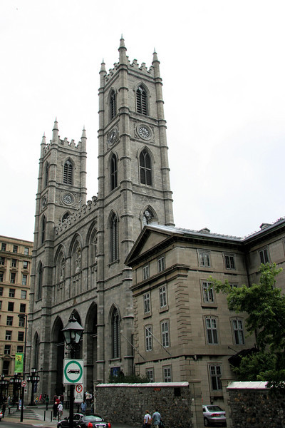 """It was Sunday morning and they were busy at <a href=""""http://www.basiliquenddm.org/en/"""">Notre Dame Basilica of Montreal</a> so I didn't go in."""
