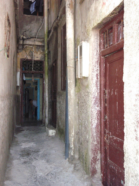Back alleys are very narrow