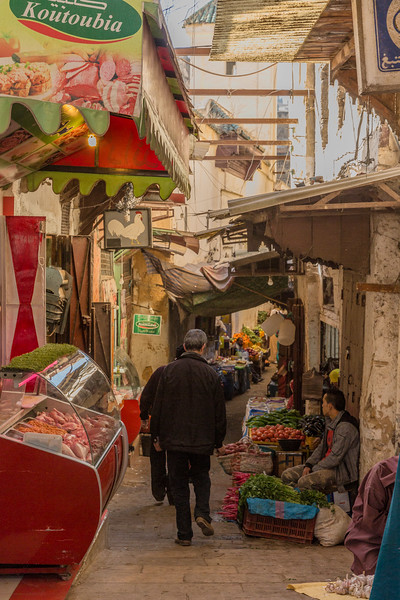 Alleyways of the old Souk – Fes