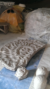 "The ""grey clay"" that the pottery from Fez is famous for."