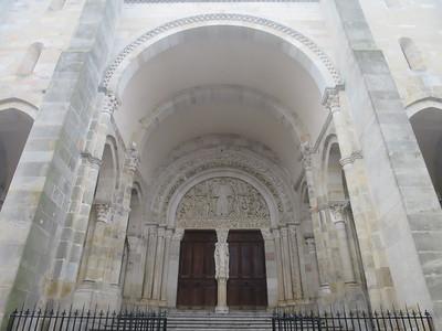 Romaans kerkportaal