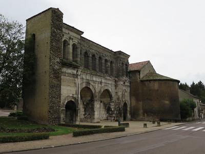 Oosteliijke Romeinse stadspoort
