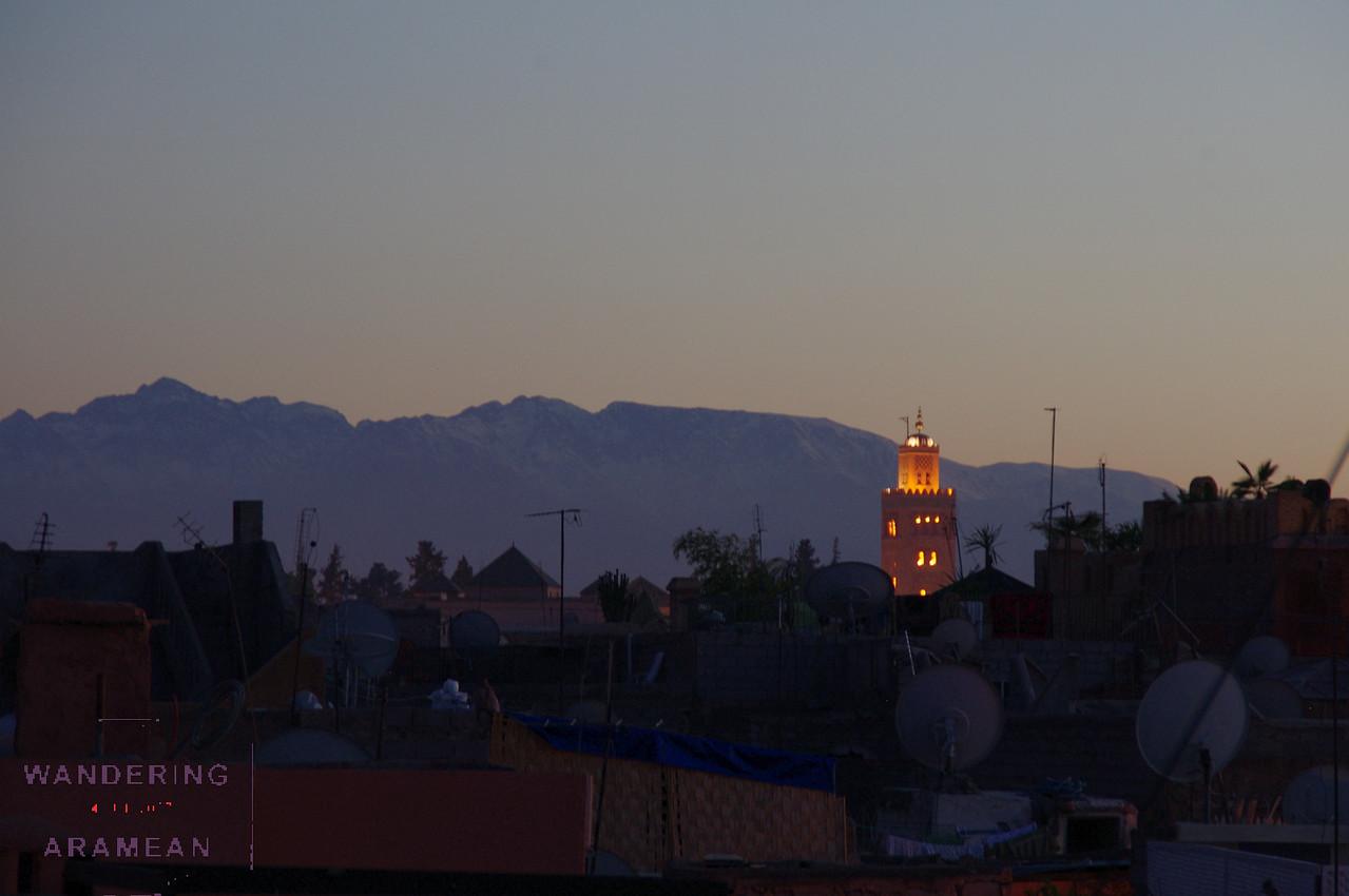 Mosque, mountains and Medina.