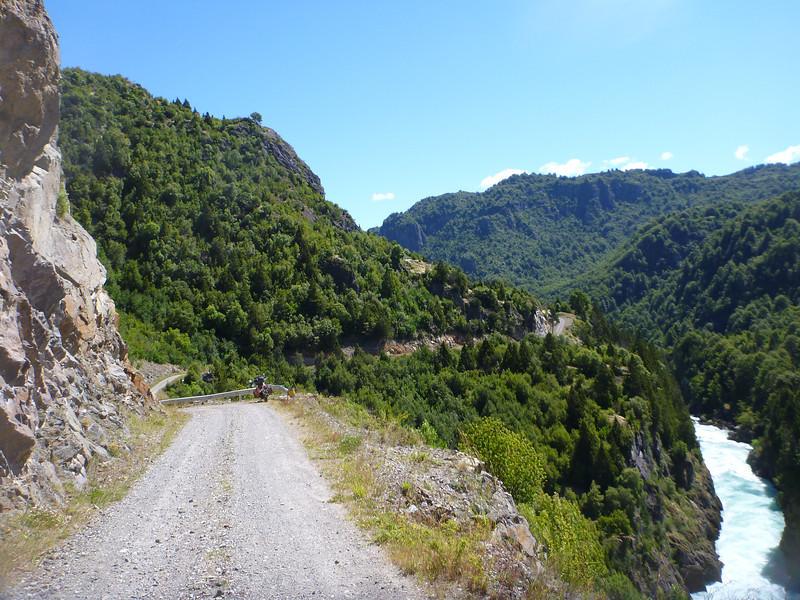Riding along Hell's Canyon, las Escalas, Reserva Nacional Futaleufú