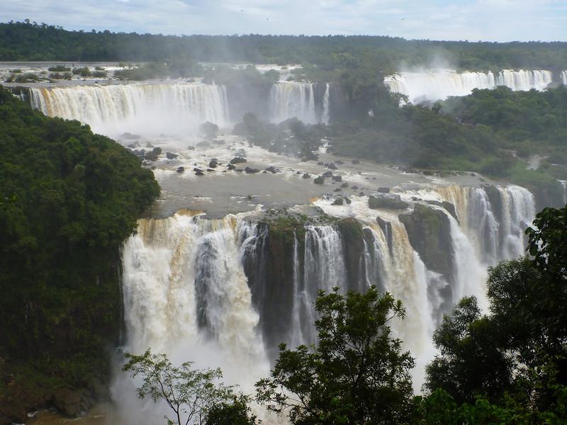 plateau of water  (Foz do Iguassu)