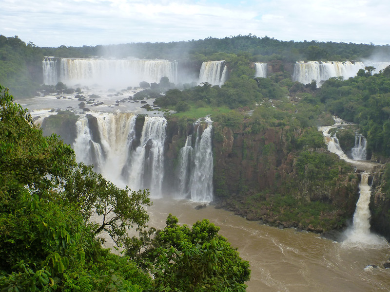 view of the Argentine side  (Foz do Iguassu)