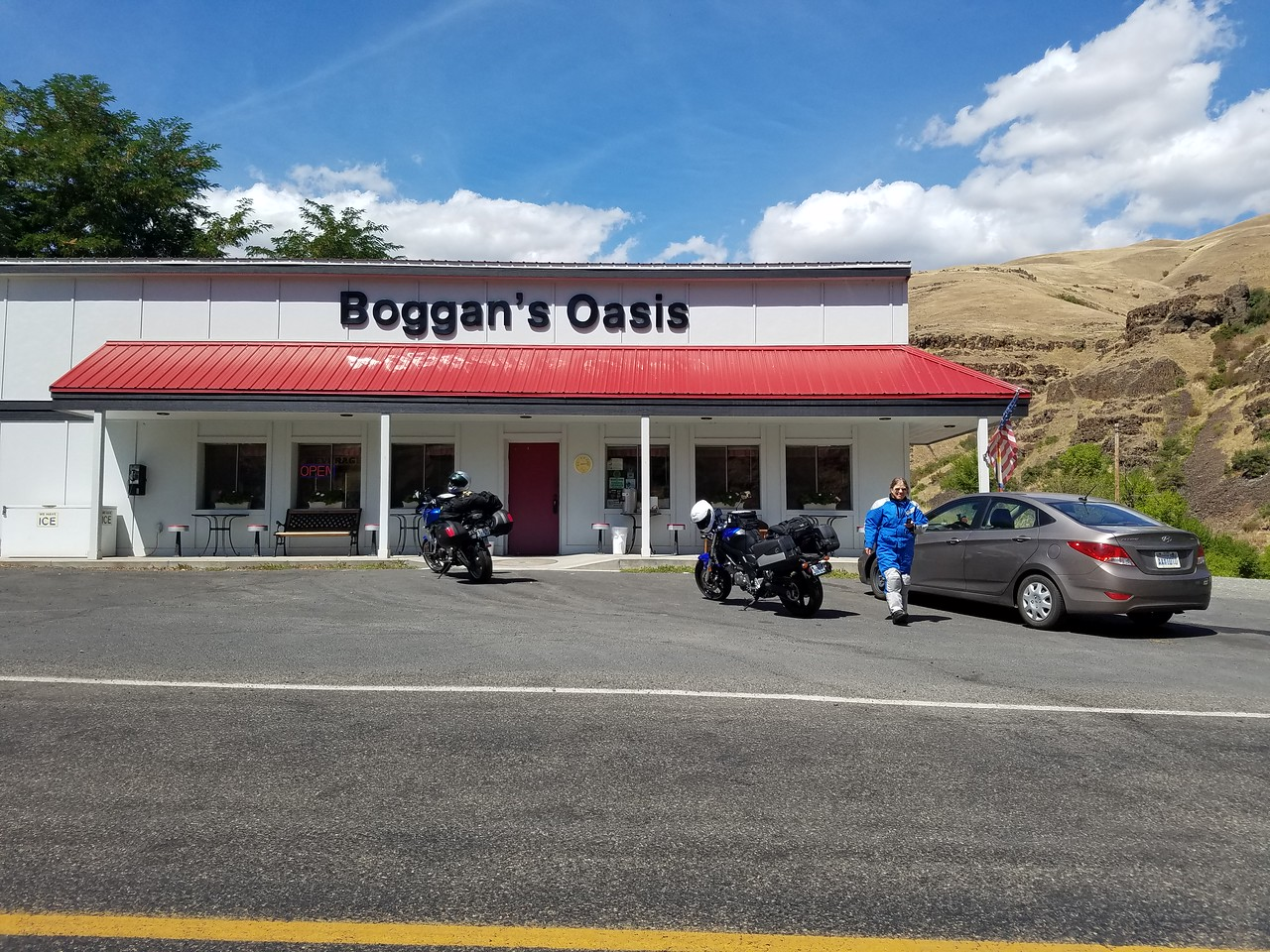 Gotta stop at Bogans for a milkshake or pie and coffee!