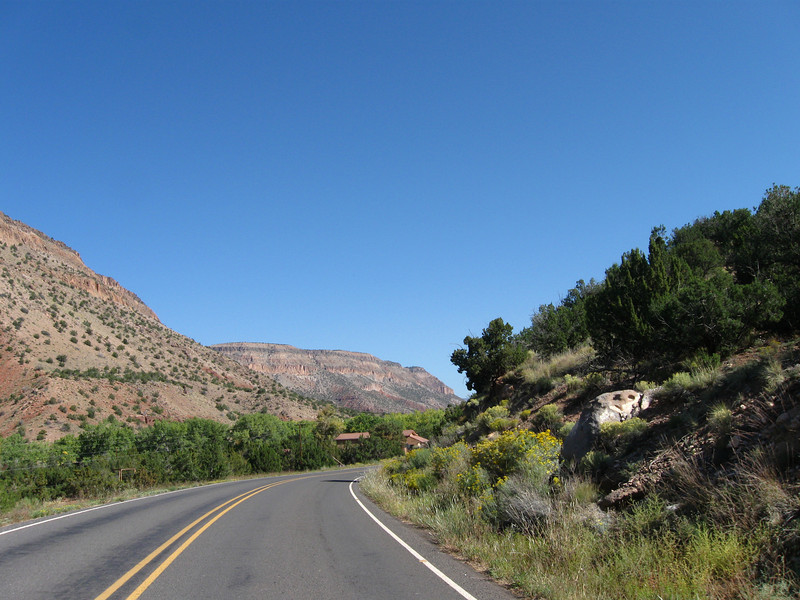 The road through the Jemez valley towards Los Alamos (the west road).