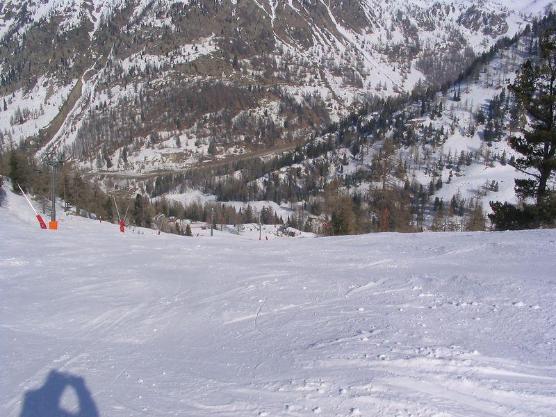 Isola Feb 2004