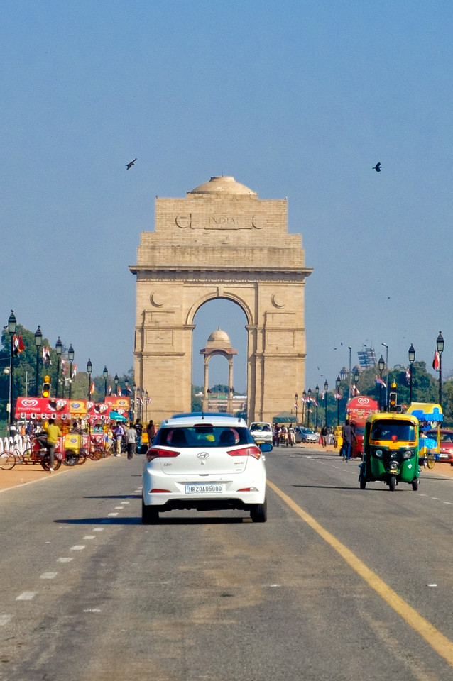 India Gate with the canopy, now empty, it once held a statue of George VI, Emperor of India