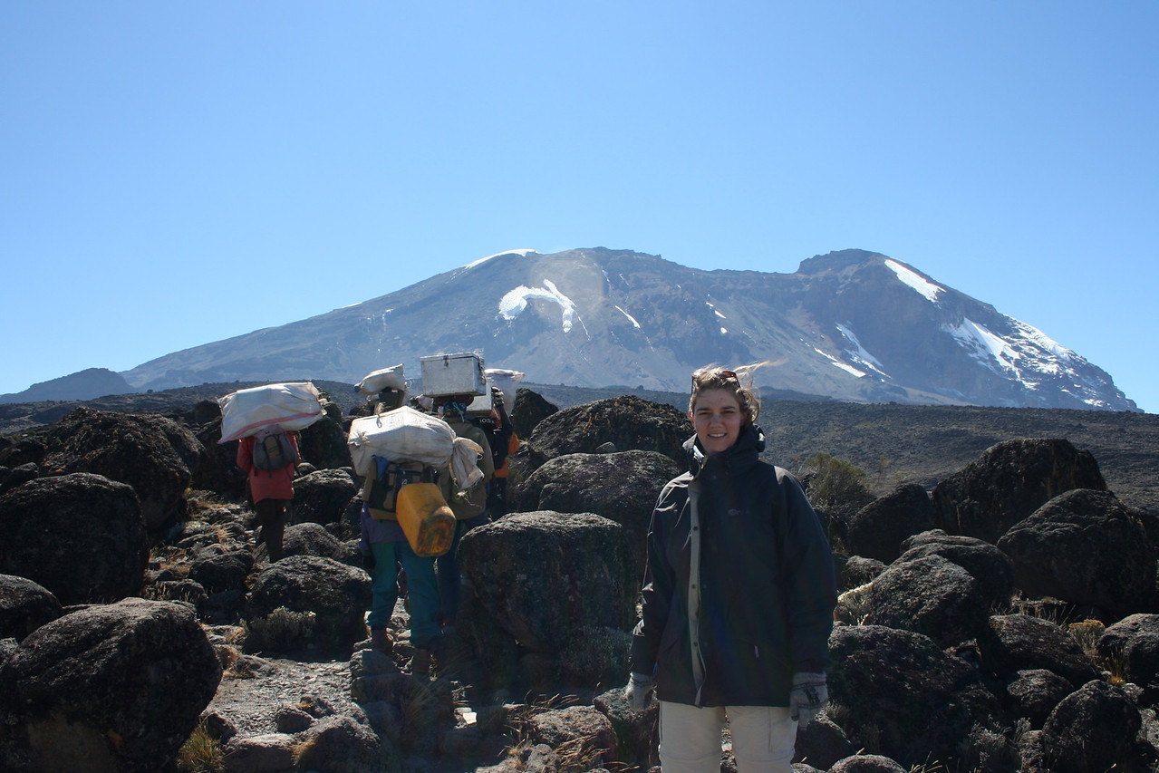 Ascent towards Baranco Camp with the main Caldera in the background.