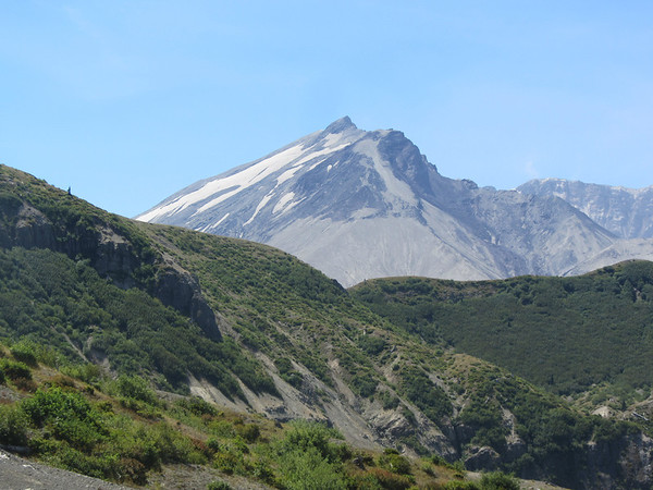 Mt. Rainier, Mt. St. Helens and Other Northwest Mountains, August 2014
