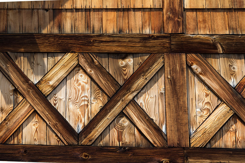 Wood detail of the Ranger station at Sunrise Point.