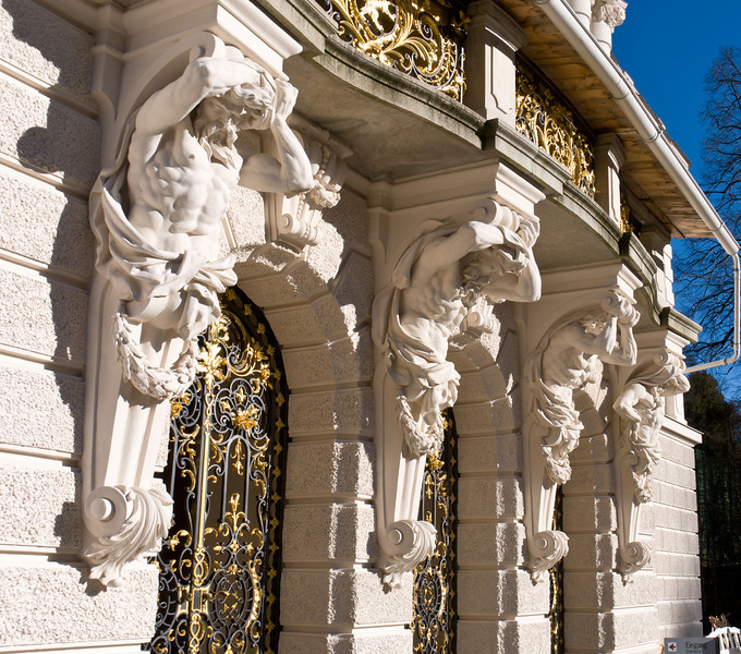 "Linderhof Palace - <a href=""http://en.wikipedia.org/wiki/Linderhof_Palace"">http://en.wikipedia.org/wiki/Linderhof_Palace</a>"