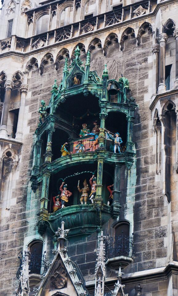 """Rathaus-Glockenspiel - clock tower - <a href=""""http://en.wikipedia.org/wiki/Rathaus-Glockenspiel"""">http://en.wikipedia.org/wiki/Rathaus-Glockenspiel</a>"""