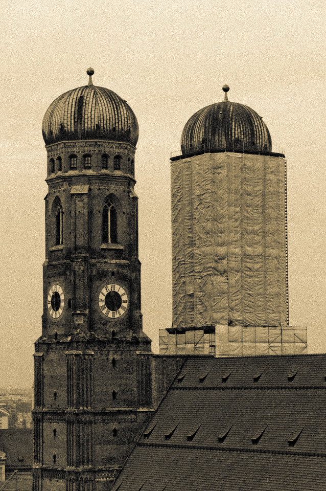 "Munich Frauenkirche - with some fun effects - <a href=""http://en.wikipedia.org/wiki/Munich_Frauenkirche"">http://en.wikipedia.org/wiki/Munich_Frauenkirche</a>"