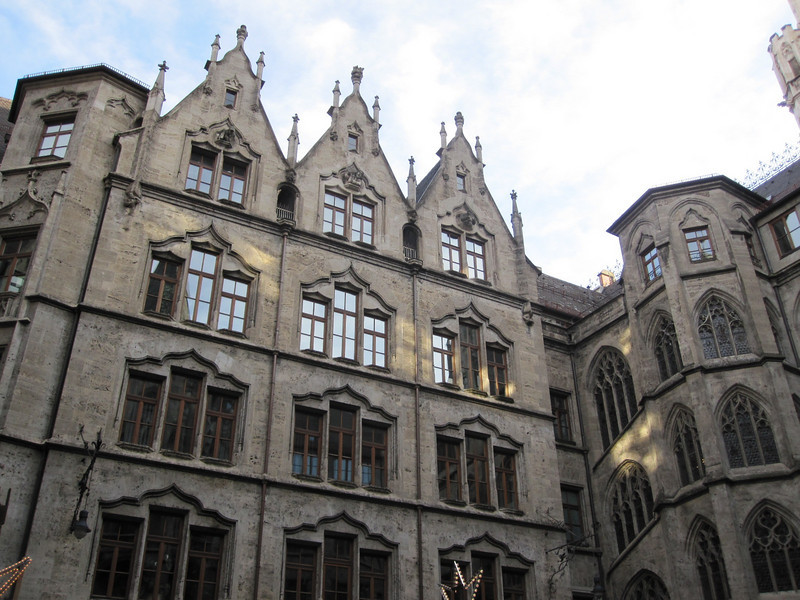 Courtyard of the Neues Rathaus.