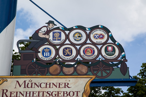 Brewers on the Maypole, Munchen Germany