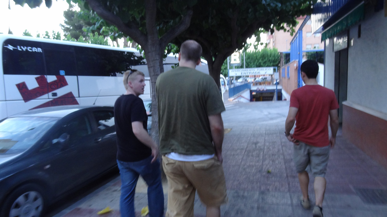 Walking from the bus station to the Rincon de Pepe in Murcia