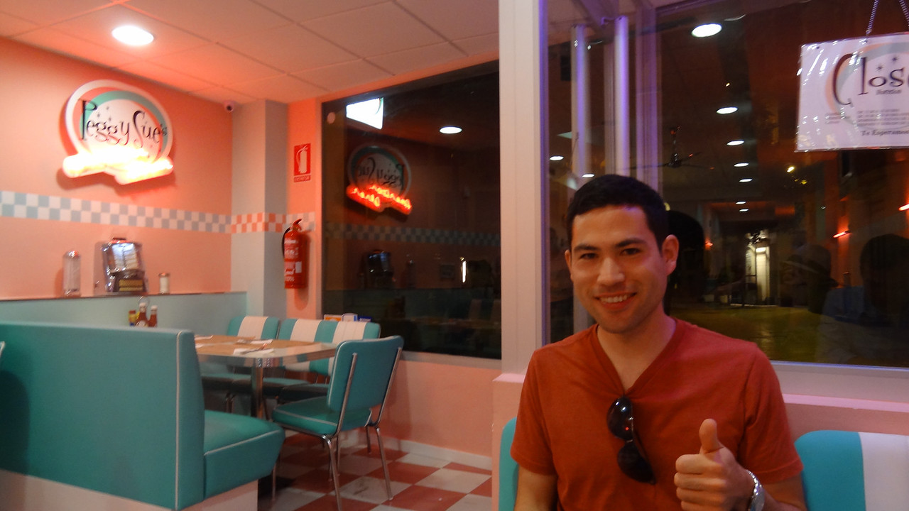 Proof that David ate at Peggy Sue's American Diner