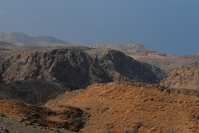 Arid landscape on the road from Yitti.