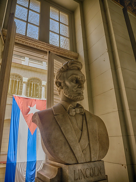 Abraham Lincoln statue at the Museo de la Revolución (Museum of the Revolution), Havana, Cuba