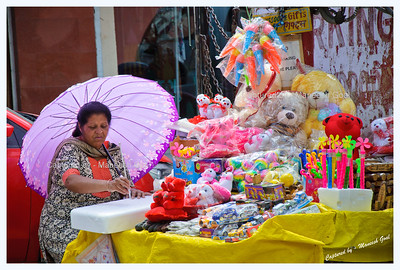 Lady selling toys @Mall Road, Mussoorie