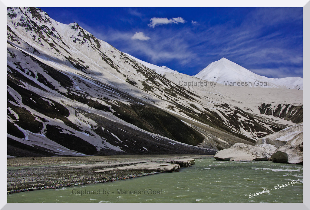 Chandra River near Batal, en route to Manali from Spiti Valley (Himachal Pradesh)
