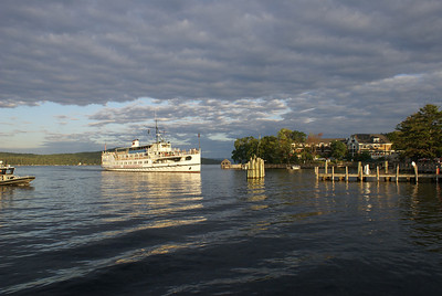 M/S Mount Washington arriving in Meredith on Lake Winnipesaukee, NH