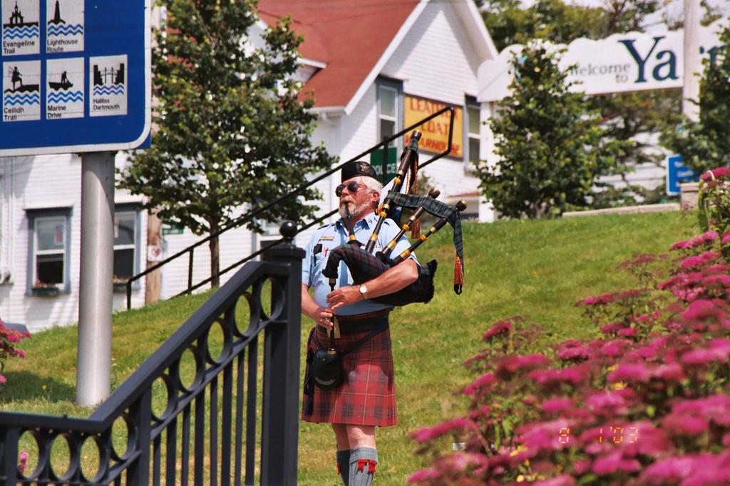 """August 2003 <a href=""""http://adejoie.smugmug.com/gallery/105749_wd3XT""""> Nova Scotia</a>"""