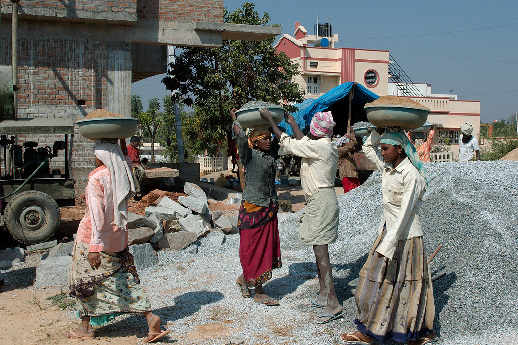"""Jan 2009 <a href=""""http://adejoie.smugmug.com/gallery/7360722_vnU27"""">India '09</a>"""