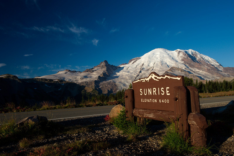 "Sept 7 2008 <a href=""http://adejoie.smugmug.com/gallery/6041872_izHxk"">Mt Rainier - Washington</a>"