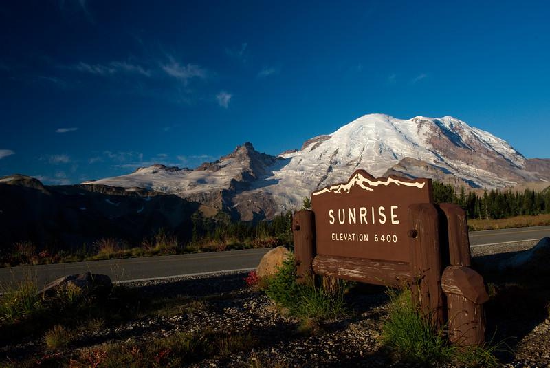 """Sept 7 2008 <a href=""""http://adejoie.smugmug.com/gallery/6041872_izHxk"""">Mt Rainier - Washington</a>"""