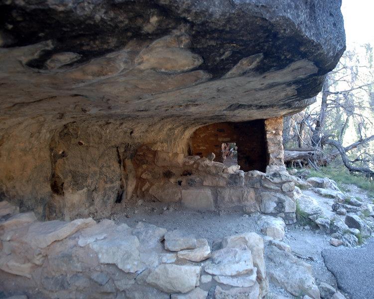 """October 2005 <a href=""""http://adejoie.smugmug.com/gallery/901987_yZQq3"""">Walnut Canyon</a>"""