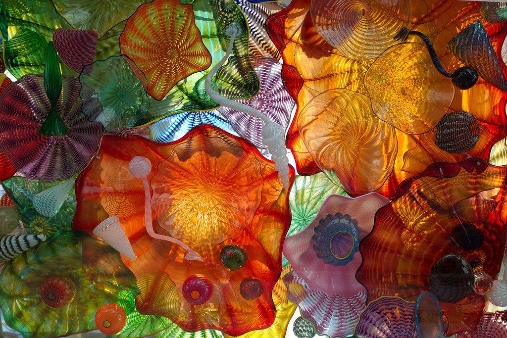 "Sept 7 2008 <a href=""http://adejoie.smugmug.com/gallery/6082772_ArGEy"">Seaform Pavilion - Chihuly Bridge of Glass</a>"