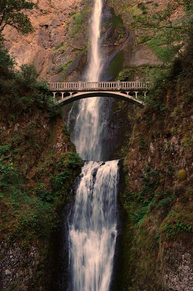 """Sept 11 2008 <a href=""""http://adejoie.smugmug.com/gallery/6041925_AYAyk"""">Multnomah Falls, Oregon</a>"""