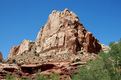 capitol-reef-butte009b