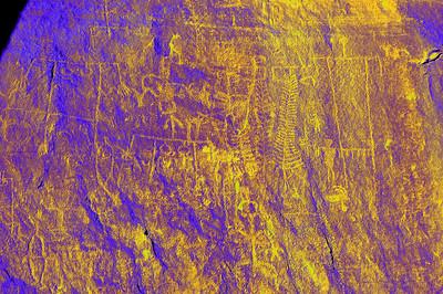 petroglyphs-solarized-bluff25b