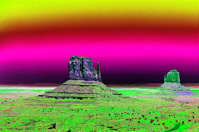 the-mittens-monument-valley-solarized008